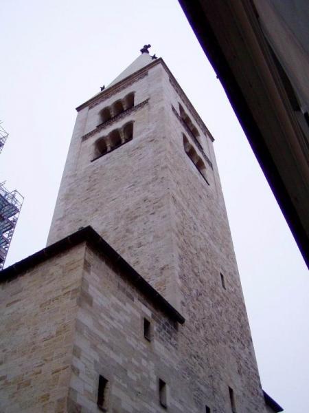 Kostel Sv. Jiří s klášterem