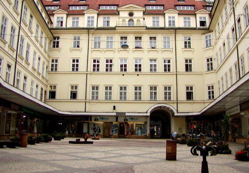 Palác Platýz v Praze